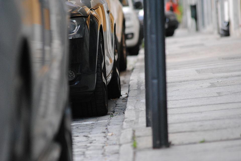 Investir dans un parking : quel budget prévoir ?