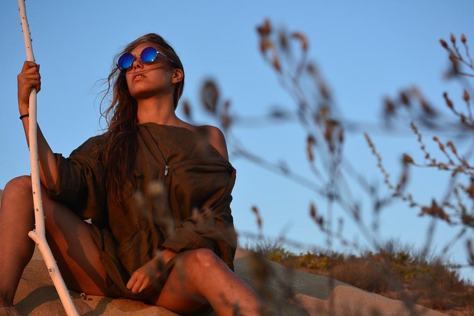 Les lunettes de soleil en bois : une nouvelle tendance
