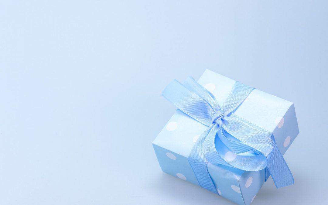 Le cadeau personnalisé est simple et efficace