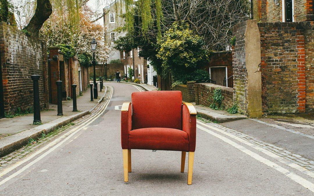 Comment choisir un fauteuil design pour salon?
