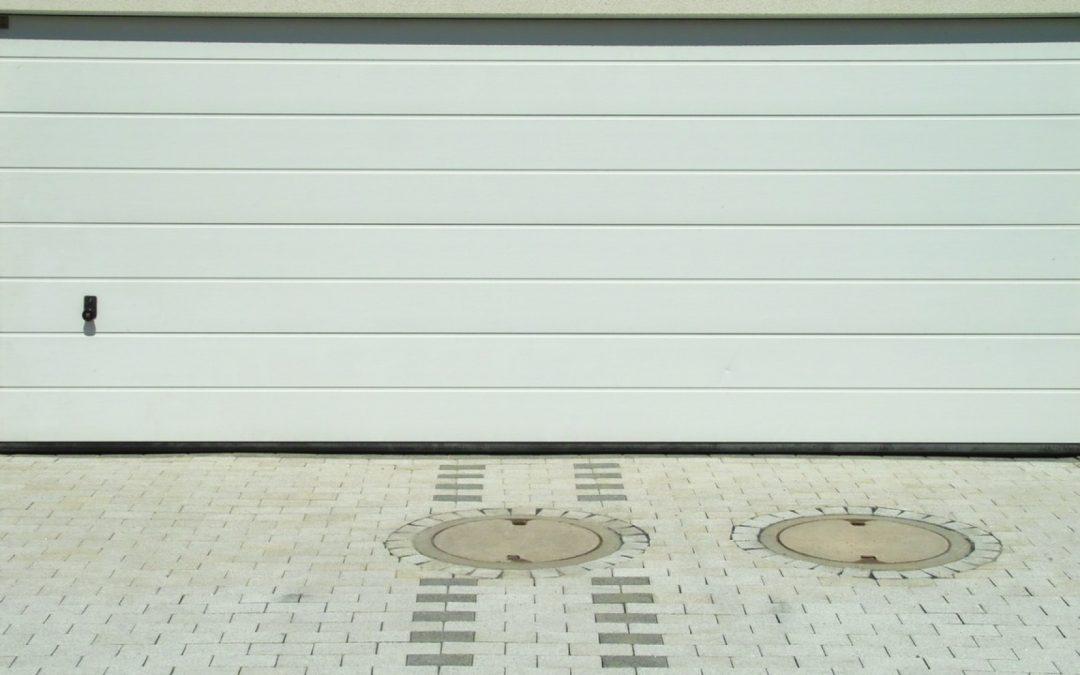 Pourquoi choisir une porte de garage enroulable?