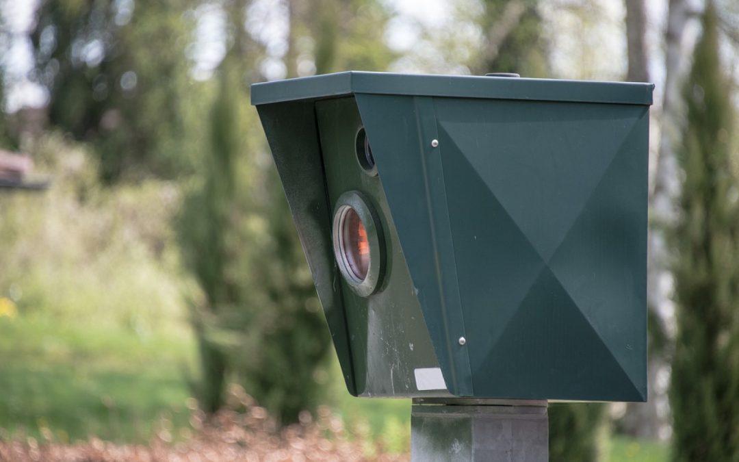 Le radar pédagogique qui flash pour améliorer la sécurité routière