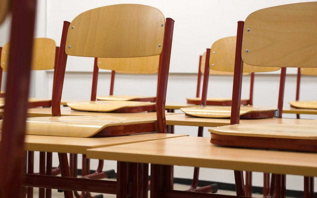 Comment les collectivités choisissent du mobilier scolaire adapté à l'élève et à petit prix ?