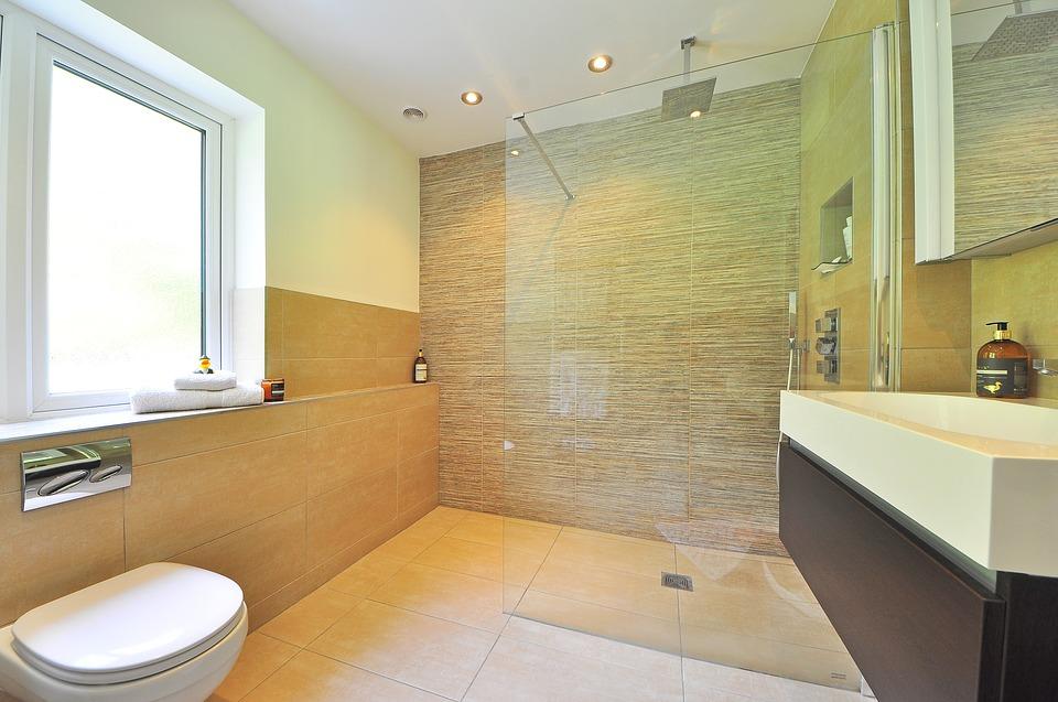 Les avantages et inconvénients de la douche à l'italienne