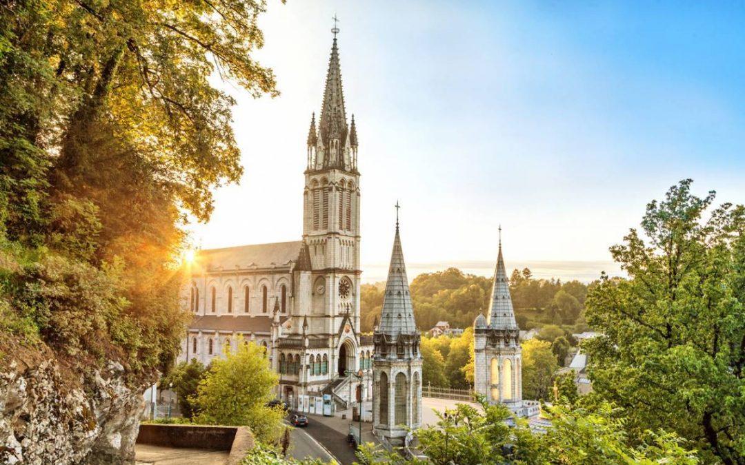Visite de Lourdes : le choix des cadeaux souvenirs
